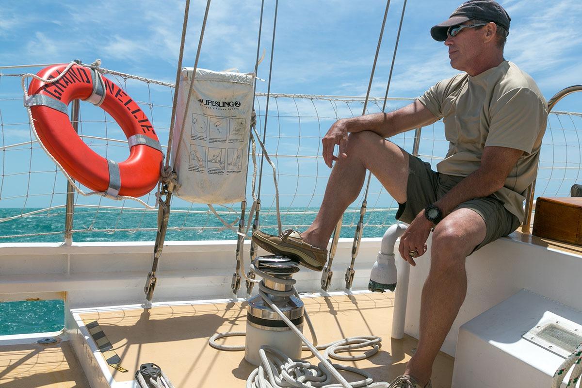 combat-wounded-veteran-sailing-01