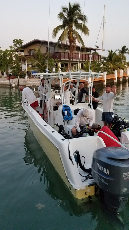 combat-wounded-vets-night-dive-key-west-03